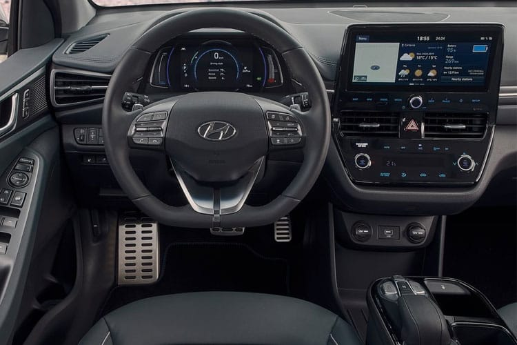 Hyundai IONIQ Hatch 5Dr 1.6 h-GDi PiH 8.9kWh 141PS Premium SE 5Dr DCT [Start Stop] inside view