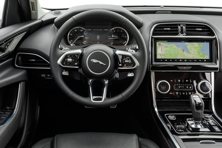 Jaguar XE Saloon AWD 2.0 i 300PS SE 4Dr Auto [Start Stop] inside view